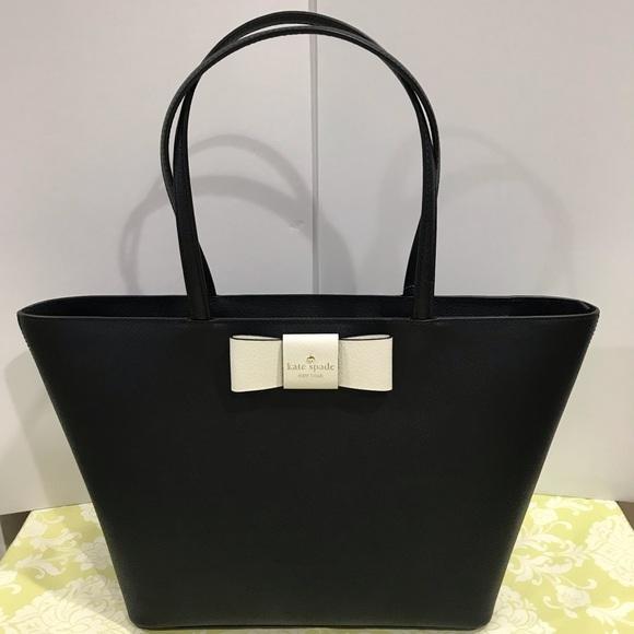 8c67ba33858a NWT Kate Spade Robinson Street ELLIS Shoulder bag